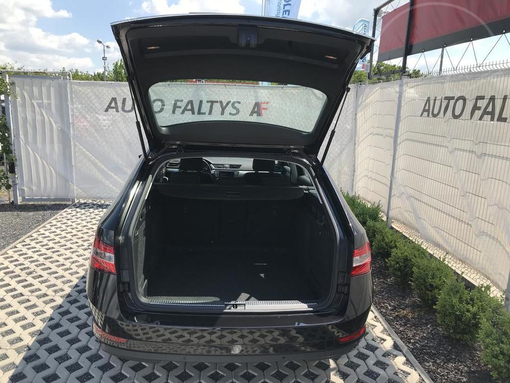 Prodej černá Škoda Superb 2.0 TDI, otevřený kufr na zavazadla, najeto 72.265 Km, cena 449.990 Kč, autobazar Auto Faltys