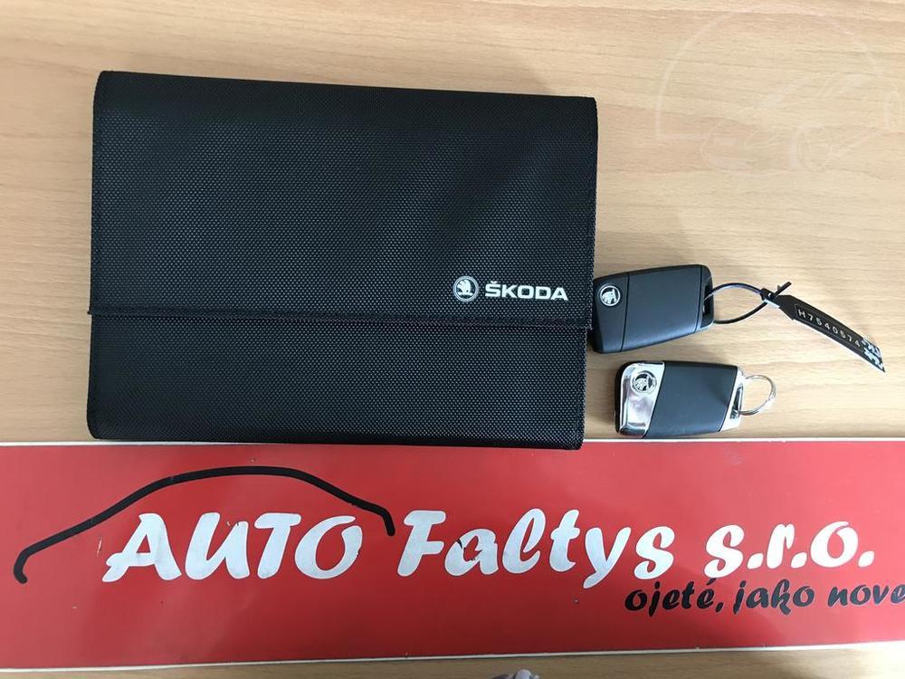 Prodej černá Škoda Superb 2.0 TDI, servisní knížka, klíče najeto 72.265 Km, cena 449.990 Kč, autobazar Auto Faltys
