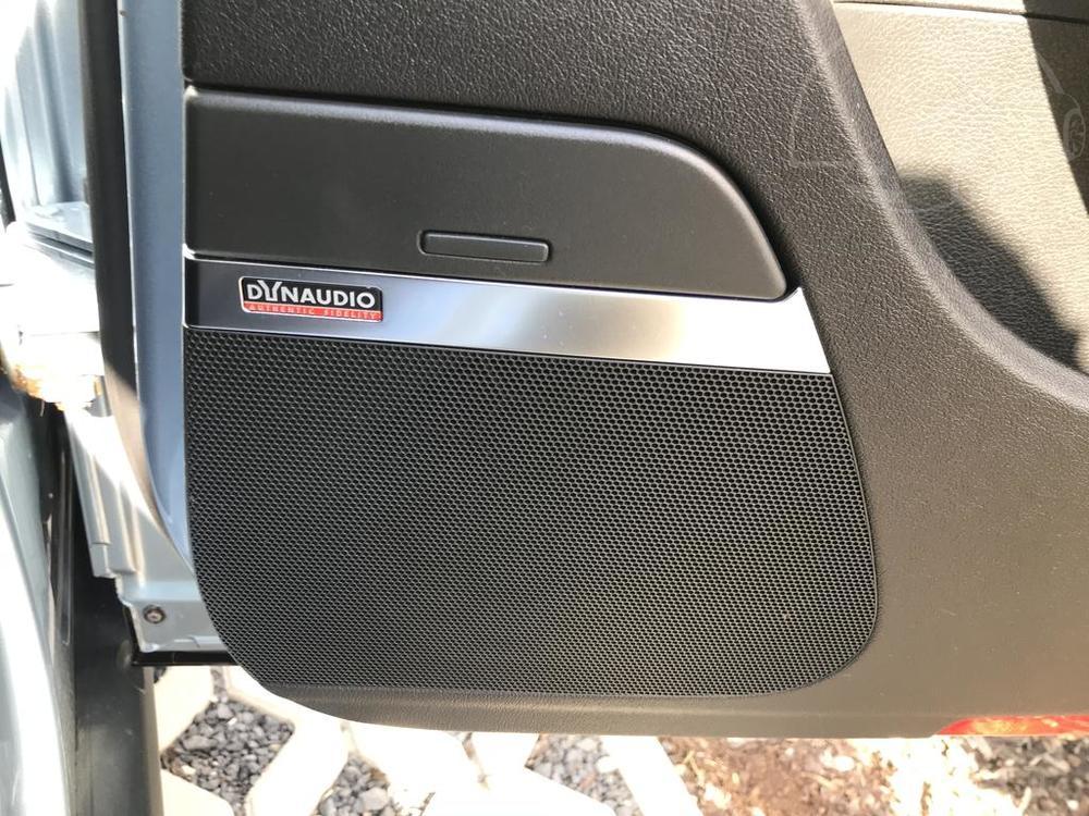 Interiér, high-end reproduktory Dynoaudio - Volkswagen Passat 2.0 TDI, 125 kW, DSG, výbava Highline B, rok 2009, najeto 91.000 km