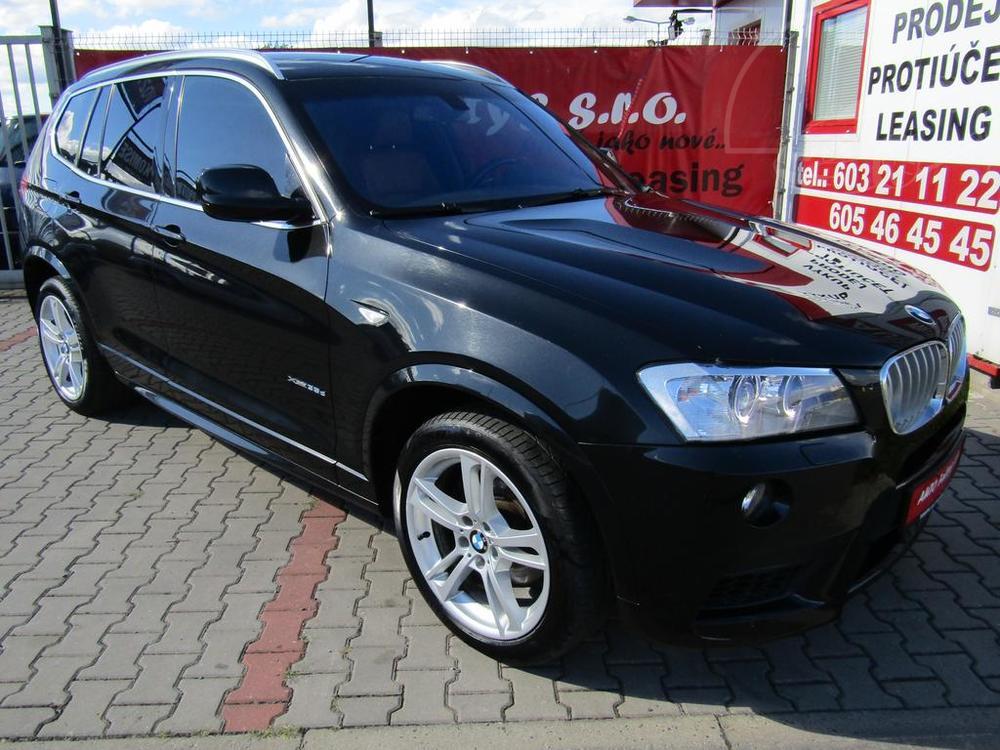Černé BMW X3, rok 2013, 230 kW, pohled na karoserii, autobazar Auto Faltys
