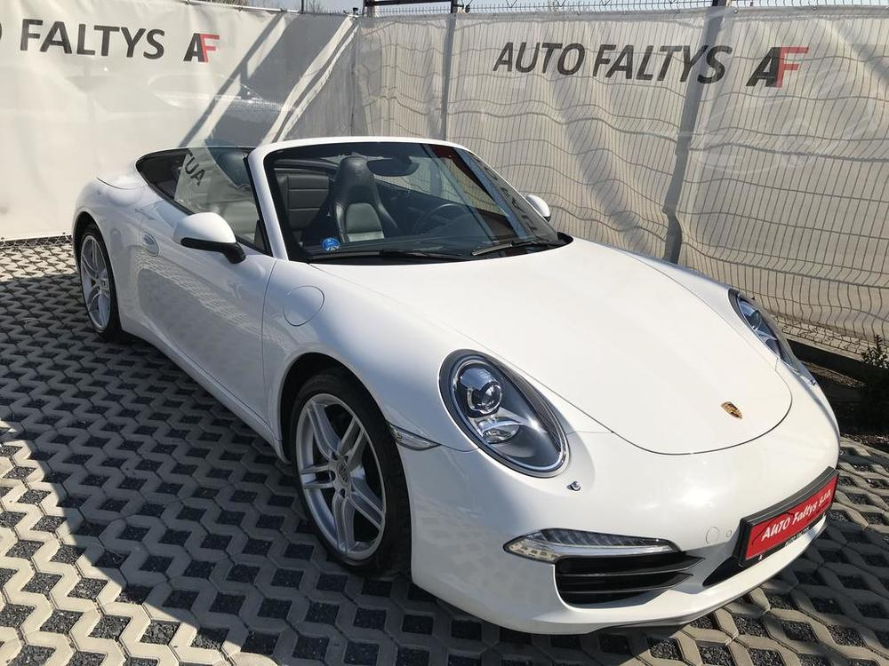 White Porsche 911 Carrera, Cabriolet, for sale year 2012, mileage 84,017 km, PDK tranbsmission, leather black seats, seller: Auto Faltys