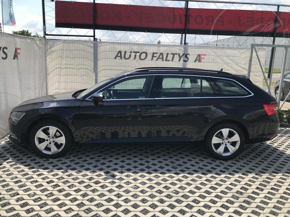Prodej černá Škoda Superb 2.0 TDI, levý bok karoserie, najeto 72.265 Km, cena 449.990 Kč, autobazar Auto Faltys
