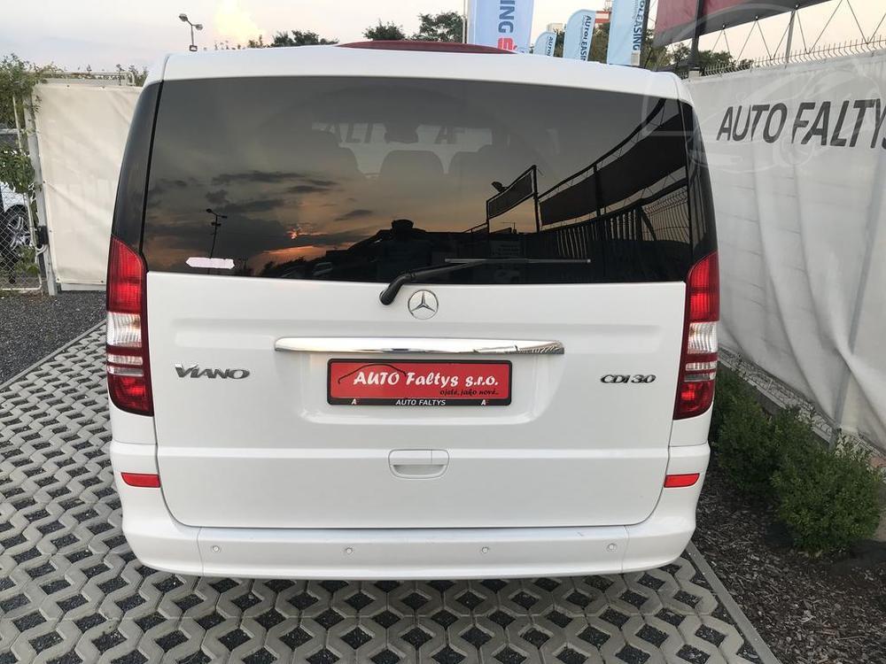 Mercedes Viano 3.0 CDI na prodej, pohled na zadní dveře - kufr, rok 2014, 165 kW, automat, bazar Auto Faltys