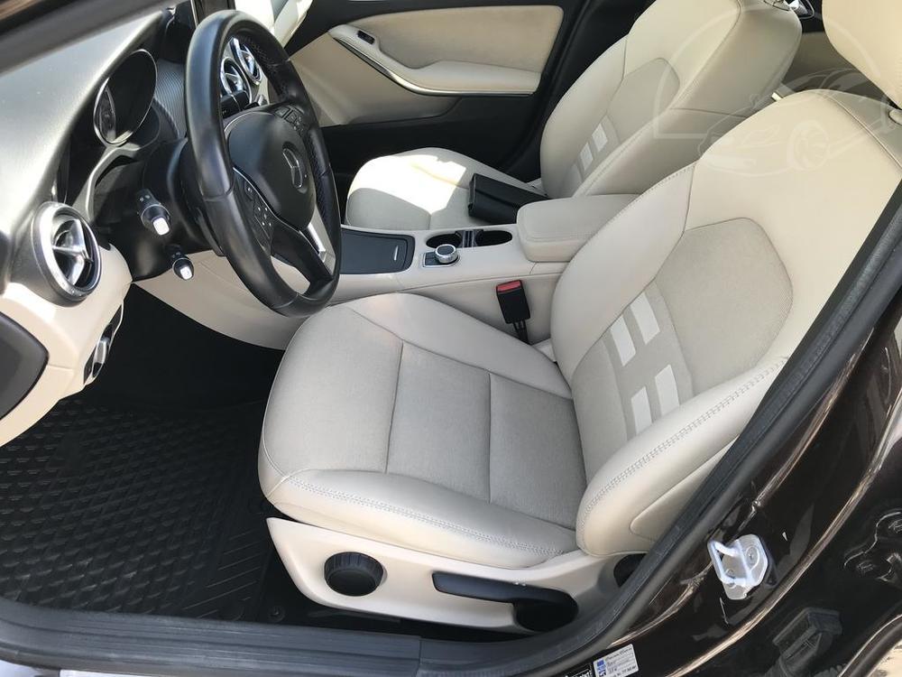 Brown Metalic Mercedes-Benz GLA 220d 2014, front seats, stearing wheel