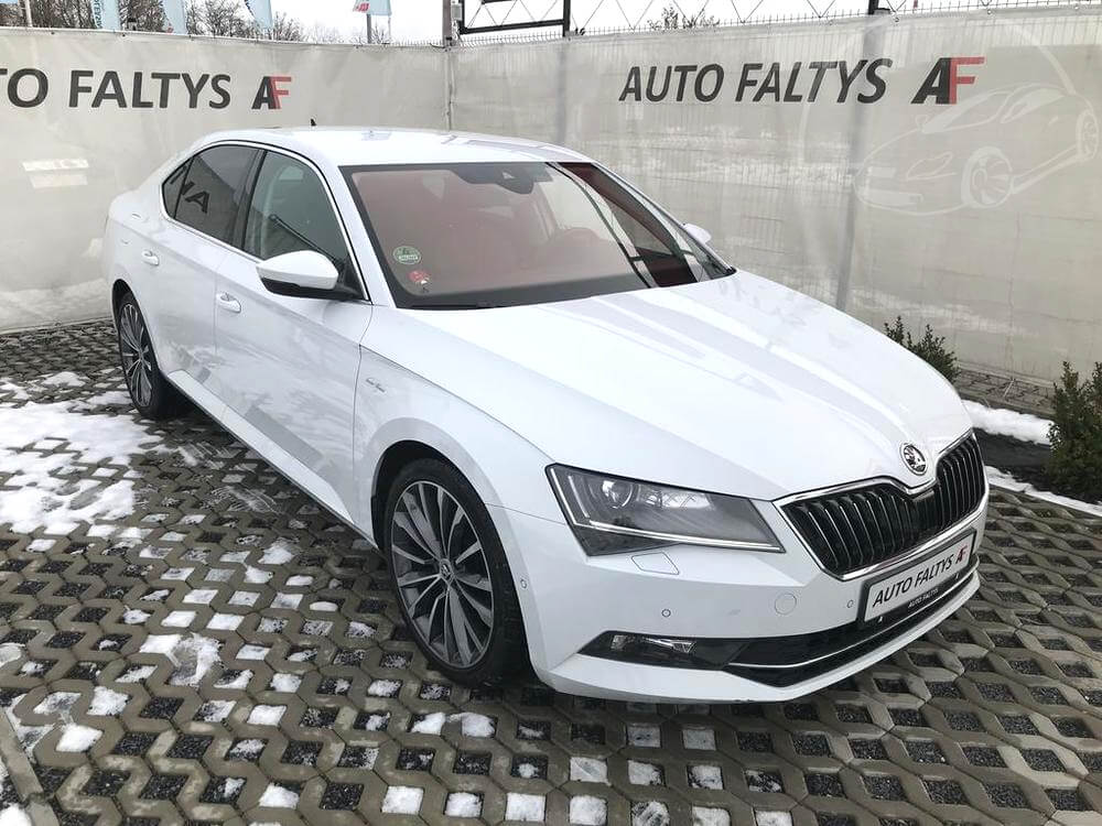 Škoda Superb, výbava Laurin & Klement, rok 2016, 140 kW, DSG, ACC, najeto 102.098 km, pohon 4×4